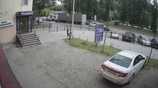 Видеокамера IP IVM-8325-15-POE. 4K(3840x2160), OV12895(15к/с), HI3516AV200, 3.6mm, POE. Улица, день!